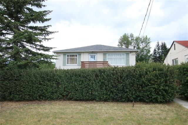 132 Powell Street, Cochrane, AB T4C 1Z4 (#C4222420) :: Redline Real Estate Group Inc