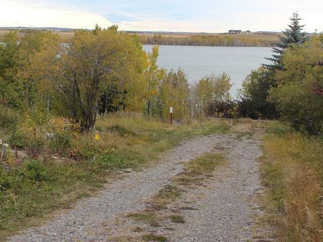 36 Cochrane Lake Trail, Rural Rocky View County, AB T4C 2A9 (#C4222567) :: Calgary Homefinders