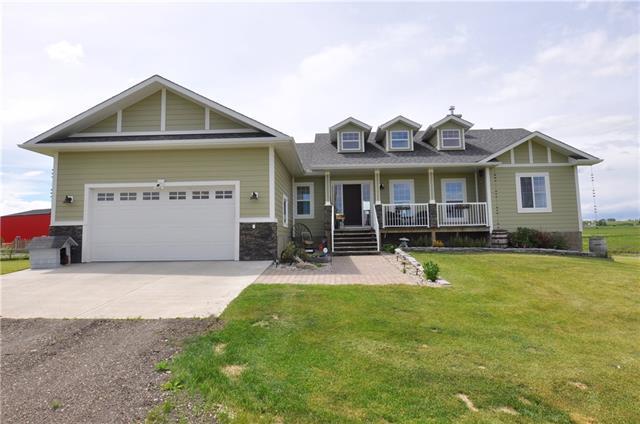 8038 402 Avenue E, Rural Foothills M.D., AB T1S 1A1 (#C4222657) :: Redline Real Estate Group Inc