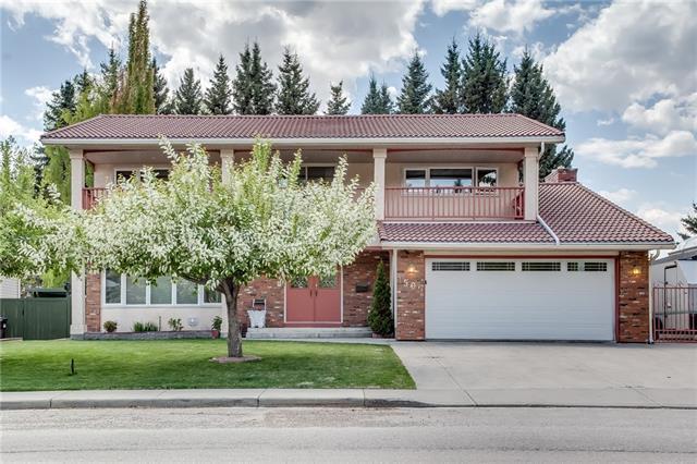 1509 Varsity Estates Drive NW, Calgary, AB T3B 3Y4 (#C4223107) :: Calgary Homefinders