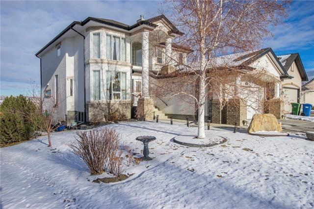 60 Valley Creek Crescent NW, Calgary, AB T3B 5V2 (#C4223311) :: The Cliff Stevenson Group