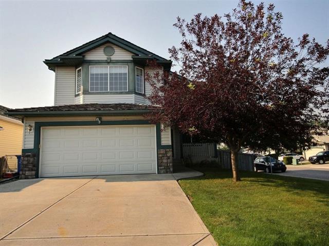 83 Bow Ridge Crescent, Cochrane, AB T4C 1V1 (#C4223352) :: Redline Real Estate Group Inc