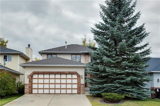 144 Hawktree Close NW, Calgary, AB T3G 3R1 (#C4223471) :: Redline Real Estate Group Inc