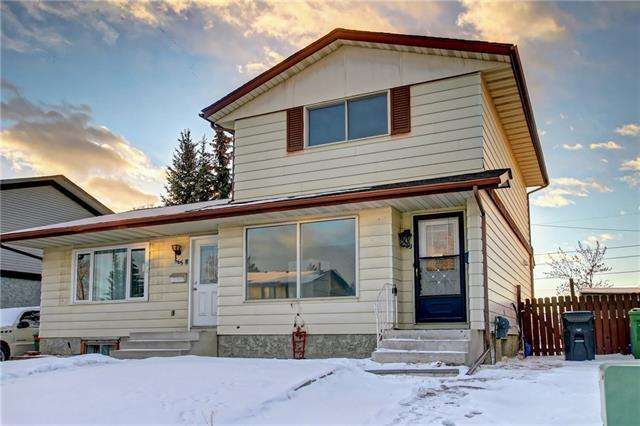 563 Aboyne Crescent NE, Calgary, AB T2A 5Y7 (#C4223811) :: Redline Real Estate Group Inc