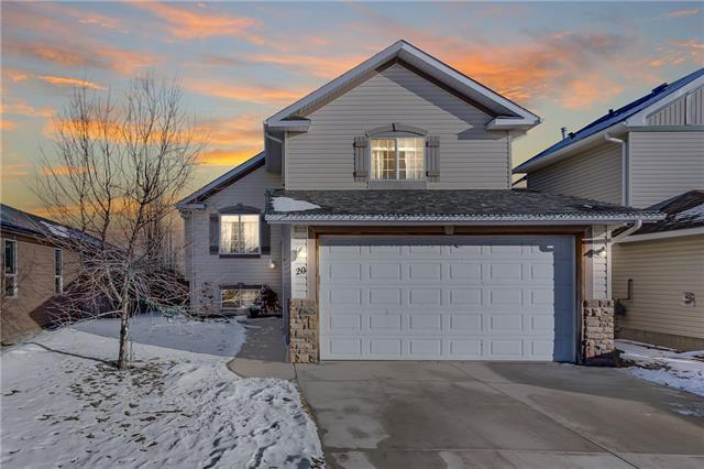 20 Willowbrook Crescent NW, Airdrie, AB T4B 2S4 (#C4223836) :: Redline Real Estate Group Inc