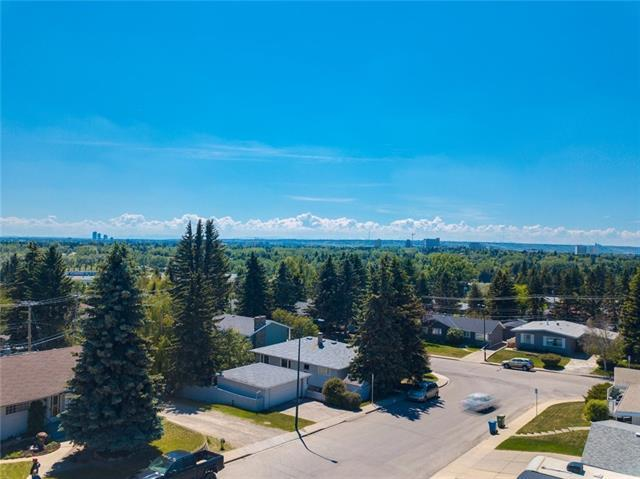 66 Cromwell Avenue NW, Calgary, AB T2L 0M7 (#C4223931) :: Redline Real Estate Group Inc