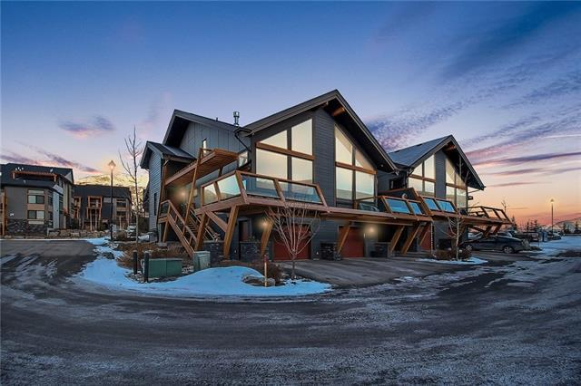 105 Stewart Creek Rise #101, Canmore, AB T1W 0J5 (#C4223940) :: Redline Real Estate Group Inc