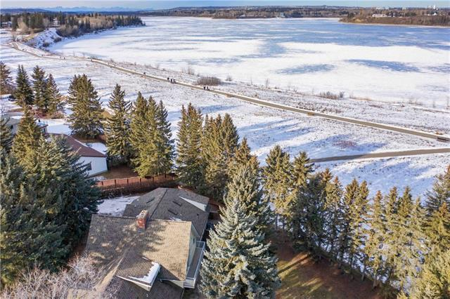 1804 Bay Shore Road SW, Calgary, AB T2V 3M1 (#C4224024) :: Canmore & Banff