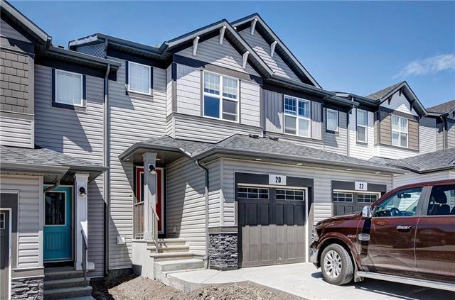 20 Heritage Vista, Cochrane, AB T4C 2N6 (#C4224067) :: Redline Real Estate Group Inc