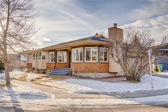 28 Sunmount Gardens SE, Calgary, AB T2X 2B1 (#C4224171) :: Redline Real Estate Group Inc
