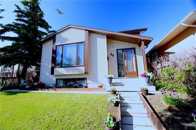 80 Applewood Drive SE, Calgary, AB T2K 7K8 (#C4224246) :: Redline Real Estate Group Inc