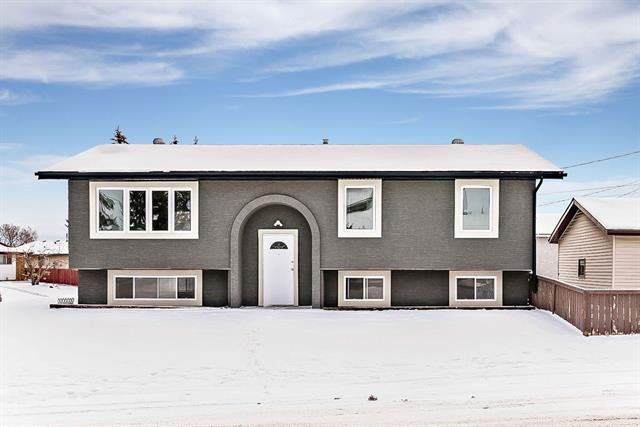 4975 Marcombe Road NE, Calgary, AB T2A 4J5 (#C4224289) :: Redline Real Estate Group Inc