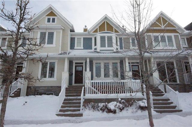 2631 Dallaire Avenue SW, Calgary, AB T3E 7T1 (#C4224318) :: Calgary Homefinders