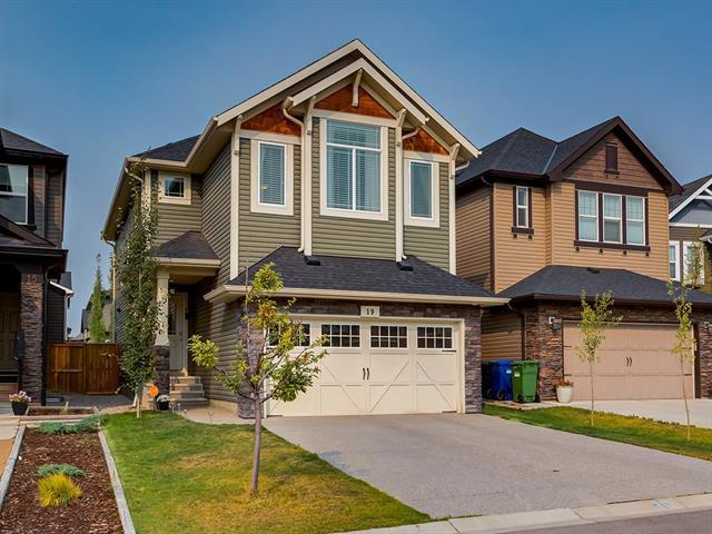 19 Cougar Ridge Place SW, Calgary, AB T3H 0V3 (#C4224763) :: Redline Real Estate Group Inc