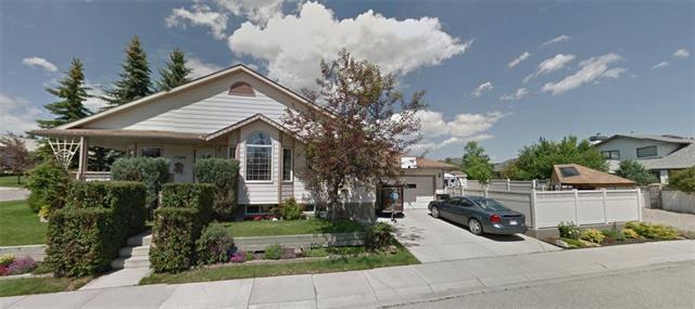 15888 Shannon Link SW, Calgary, AB T2Y 2Z6 (#C4224781) :: Redline Real Estate Group Inc