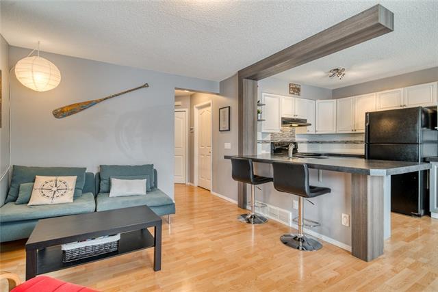 28 West Terrace Road, Cochrane, AB T4C 1S5 (#C4224915) :: Redline Real Estate Group Inc