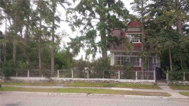 1835 32 Avenue SW, Calgary, AB T2T 1W3 (#C4224948) :: Redline Real Estate Group Inc