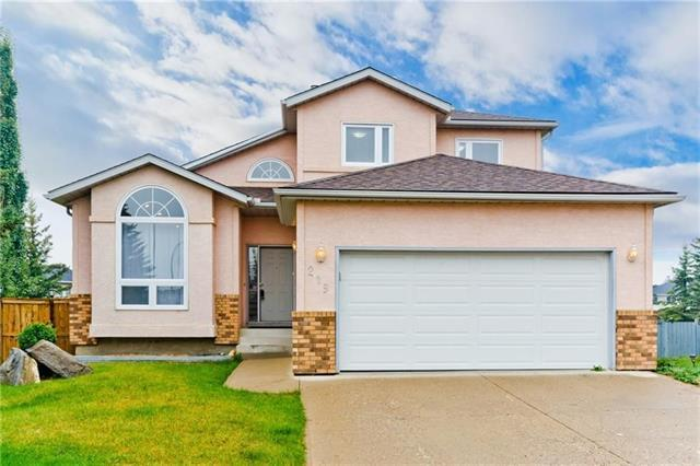 219 Hawktree Circle NW, Calgary, AB T3G 2Y6 (#C4225018) :: Redline Real Estate Group Inc