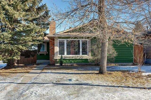 96 Sunhurst Road SE, Calgary, AB T2X 1V8 (#C4225052) :: Redline Real Estate Group Inc