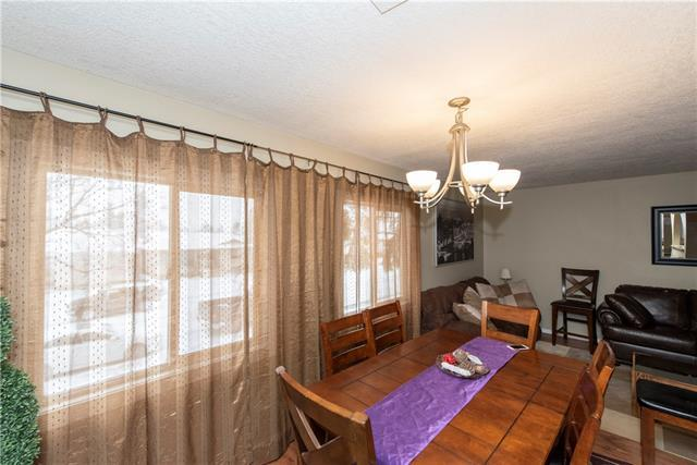 1659 Marlyn Way NE, Calgary, AB T2A 3K8 (#C4225084) :: Redline Real Estate Group Inc