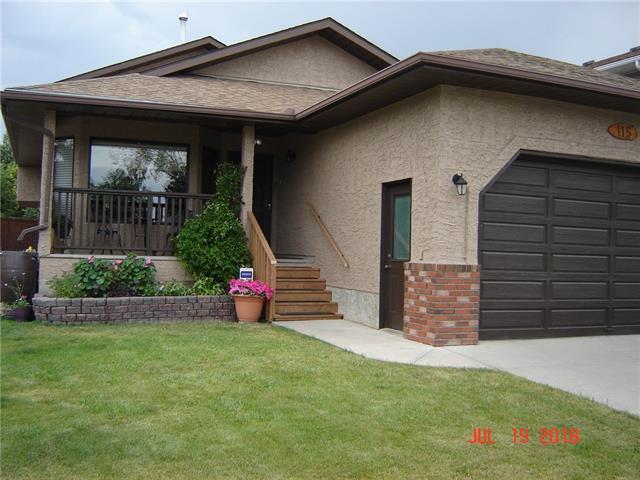 115 Sandarac Drive NW, Calgary, AB T3K 3V4 (#C4225162) :: Redline Real Estate Group Inc