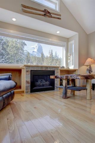 127 Carey #27, Canmore, AB T1W 2R3 (#C4225432) :: Redline Real Estate Group Inc