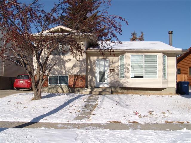 236 Woodridge Drive SW, Calgary, AB T2W 3S2 (#C4225446) :: Redline Real Estate Group Inc