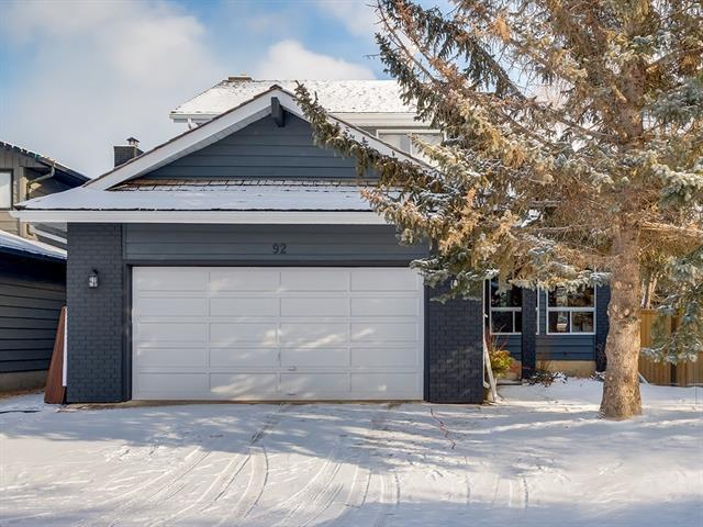 92 Woodglen Way SW, Calgary, AB T2W 4W6 (#C4225613) :: Redline Real Estate Group Inc