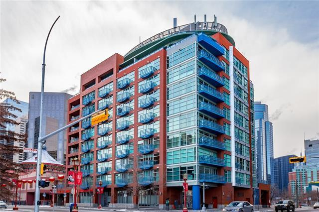 205 Riverfront Avenue SW #702, Calgary, AB T2P 5K4 (#C4225682) :: Calgary Homefinders