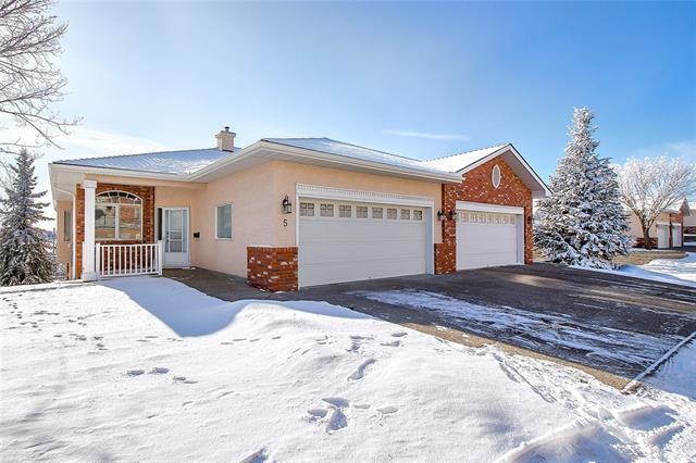 99 Christie Point(E) SW #5, Calgary, AB T3H 3K8 (#C4225688) :: Redline Real Estate Group Inc