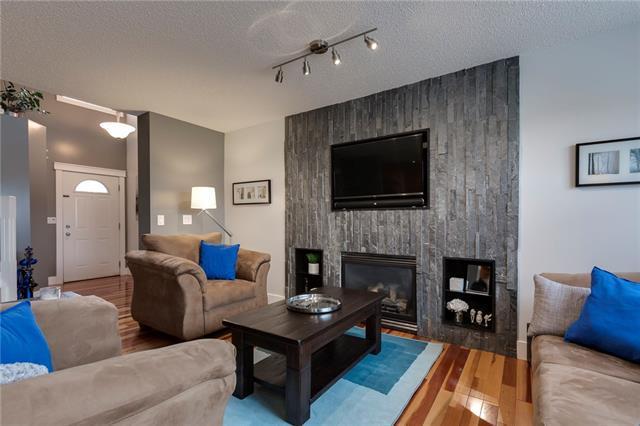 17 Royal Birch Landing NW, Calgary, AB T3G 5R3 (#C4225796) :: Redline Real Estate Group Inc