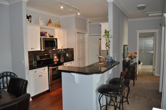 7 Lineham Avenue #305, Okotoks, AB T1S 1Z2 (#C4225834) :: Calgary Homefinders