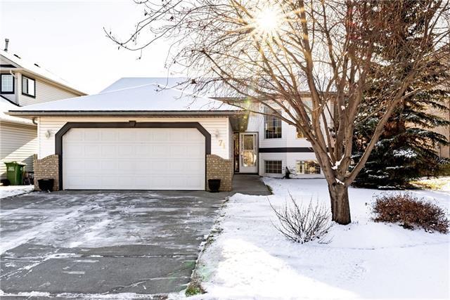 71 West Terrace Crescent, Cochrane, AB T4C 1R8 (#C4226151) :: Redline Real Estate Group Inc