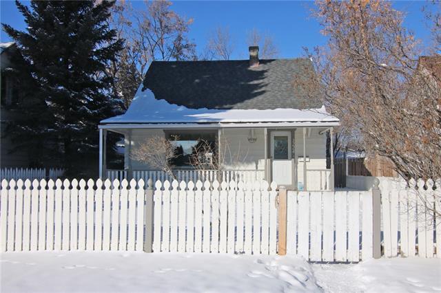 1224 19 Avenue NW, Calgary, AB T2M 1A2 (#C4226272) :: The Cliff Stevenson Group
