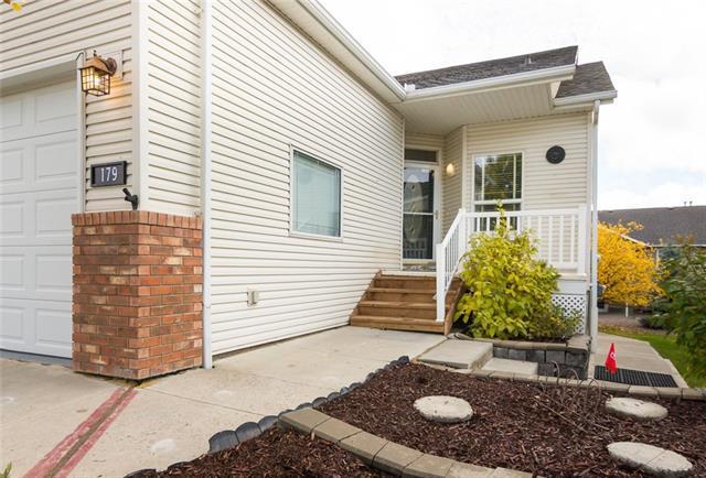179 Sandstone Drive, Okotoks, AB T0L 1T3 (#C4226276) :: Redline Real Estate Group Inc