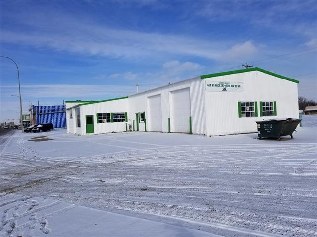 4726 & 4810 1 Street, Claresholm, AB T0L 0T0 (#C4226360) :: Redline Real Estate Group Inc