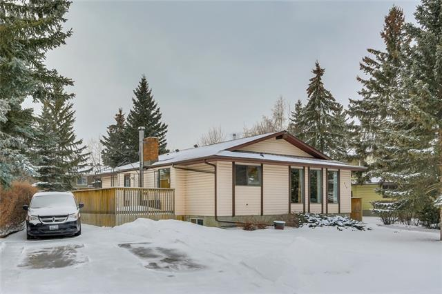 519 Brookpark Drive SW, Calgary, AB T2W 2W9 (#C4226477) :: Canmore & Banff