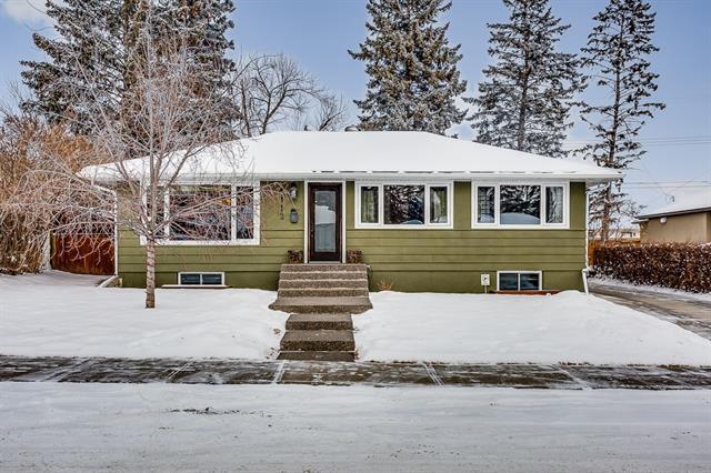 4112 19 Avenue SW, Calgary, AB T3E 0G6 (#C4226530) :: Redline Real Estate Group Inc