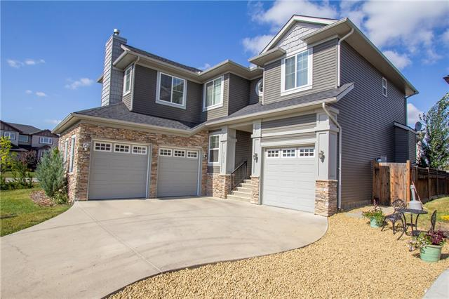 702 Canoe Avenue SW, Airdrie, AB T4B 3K5 (#C4226807) :: Redline Real Estate Group Inc