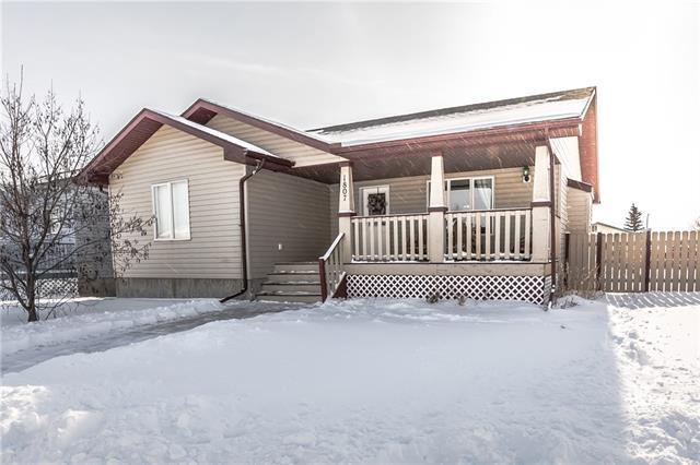 1807 4 Avenue SE, High River, AB T1V 1Y2 (#C4226880) :: Redline Real Estate Group Inc