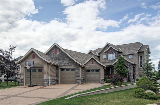 47 Cougarstone Point(E) SW, Calgary, AB T3H 4Z3 (#C4226895) :: Redline Real Estate Group Inc