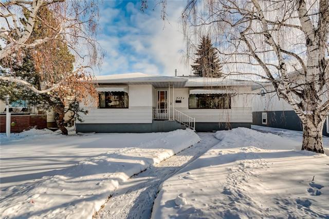 2424 22 Street NW, Calgary, AB T2N 0K5 (#C4226926) :: Canmore & Banff