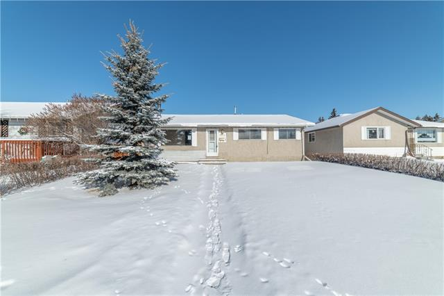 5414 Valentine Crescent SE, Calgary, AB T2A 2K6 (#C4226954) :: Redline Real Estate Group Inc