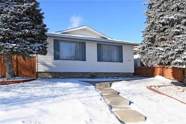 1419 42 Street NE, Calgary, AB T2A 3L3 (#C4228169) :: Calgary Homefinders