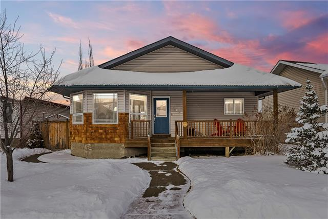 1708 3 Avenue SE, High River, AB T1V 1Y3 (#C4228212) :: Calgary Homefinders