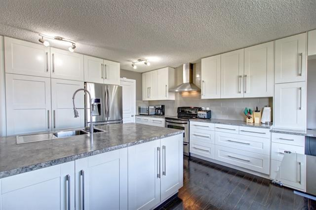 271 Sagewood Place SW, Airdrie, AB T4B 3M7 (#C4228496) :: Redline Real Estate Group Inc