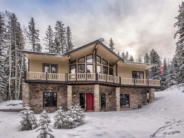 27 Elk Valley Bay, Bragg Creek, AB T0L 0K0 (#C4228519) :: Calgary Homefinders