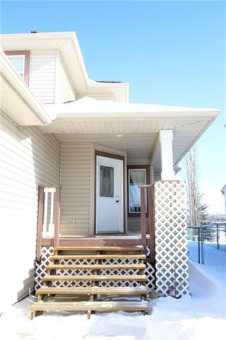 72 Willowbrook Crescent NW, Airdrie, AB T4B 2S4 (#C4228676) :: Redline Real Estate Group Inc