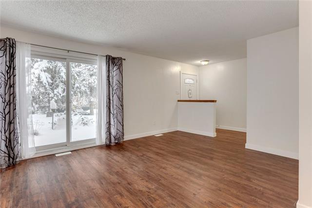 3525 43 Street SW, Calgary, AB T3E 3P4 (#C4228697) :: Calgary Homefinders