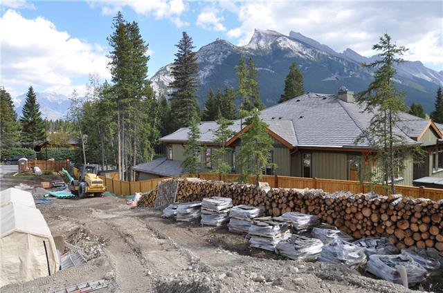 137 Kootenay Avenue, Banff, AB T1L 1E3 (#C4228848) :: Canmore & Banff